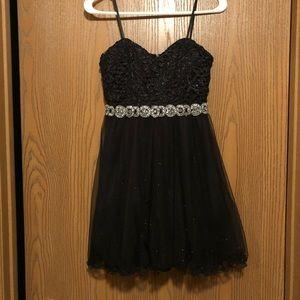 Black puffy dress size 3